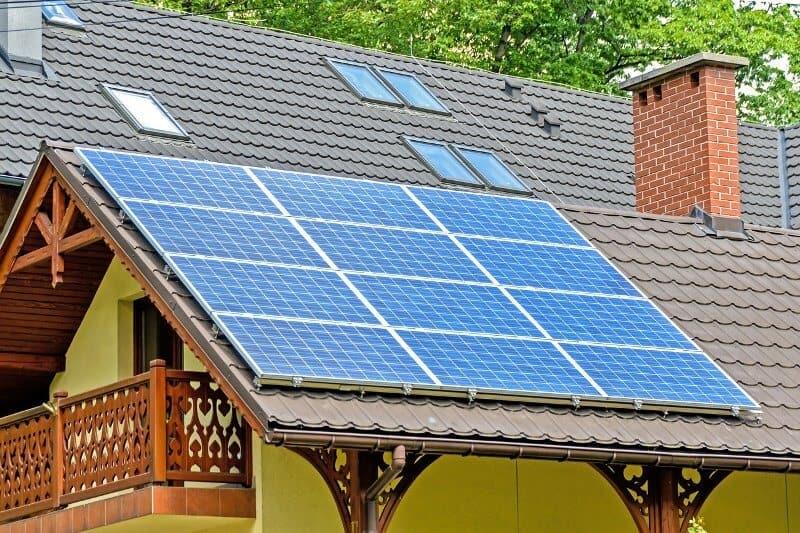 panele-fotowoltaiczne-czy-kolektory-słoneczne