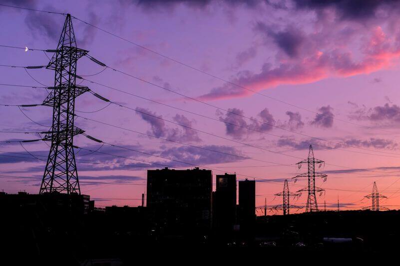 Czy instalacja fotowoltaiczna działa podczas awarii sieci?