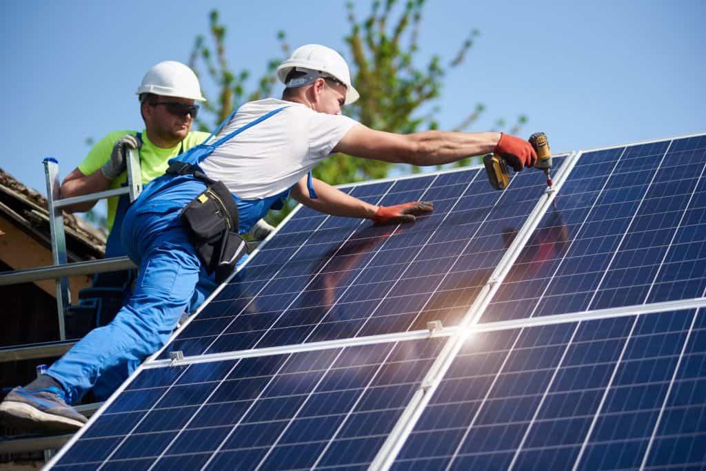 Co zrobić z niewykorzystaną energią z paneli fotowoltaicznych?